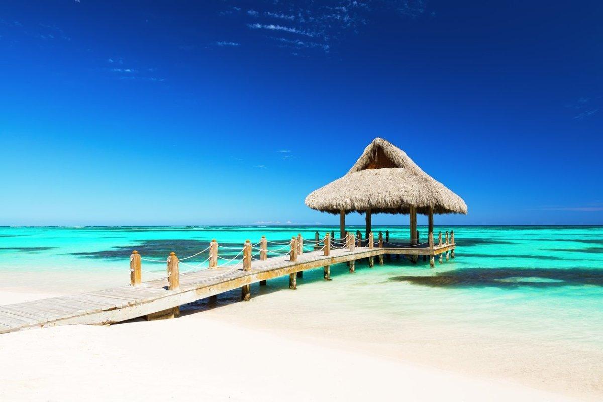 maldives beachside hut