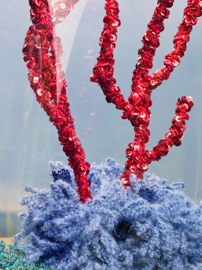 poumons-des-oceans_02_acropora-hoeksemai-corallium-rubrum-lobophyllia-hemprichii-copie-768x1024