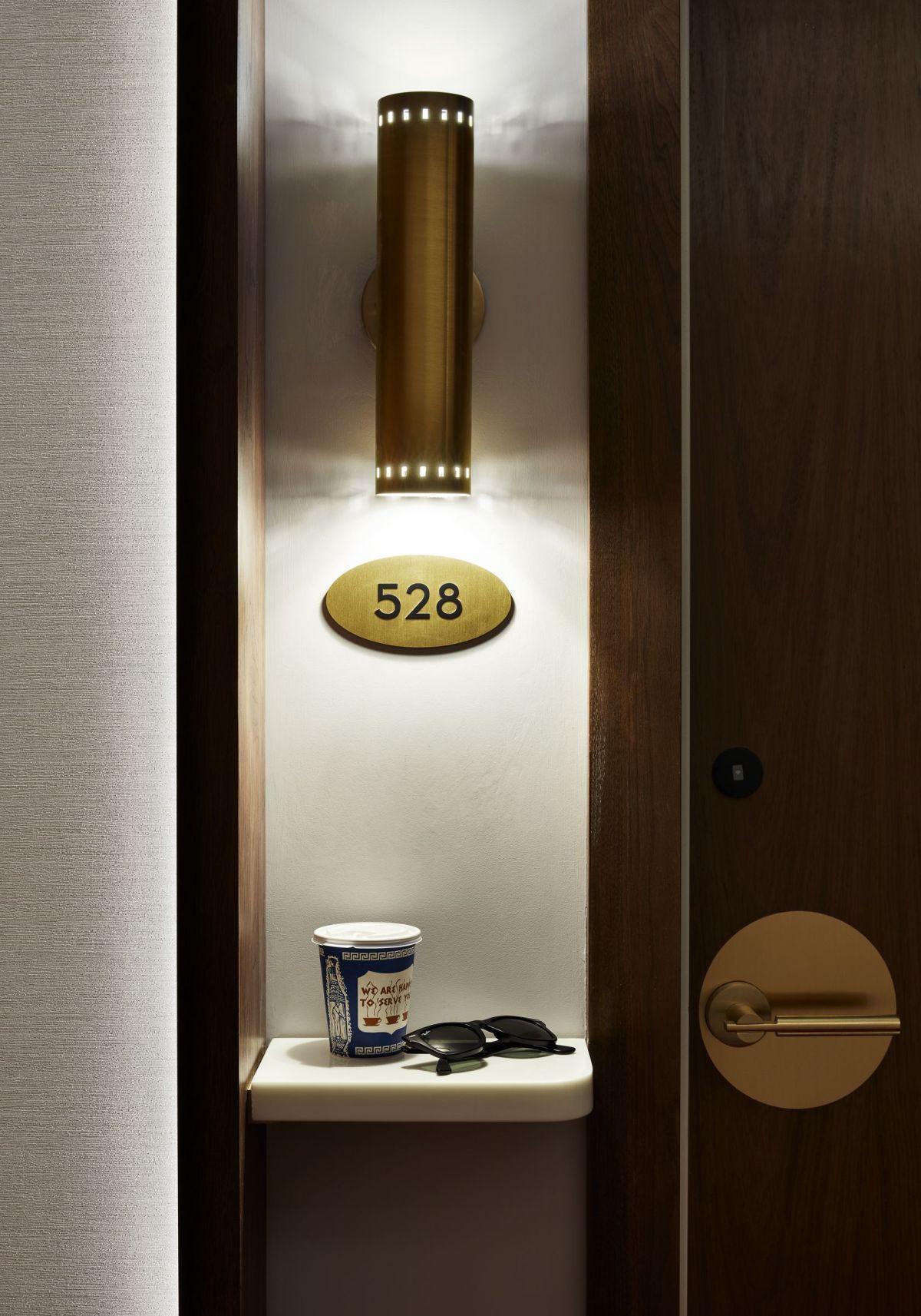 06_TWA_Hotel_Model_Room