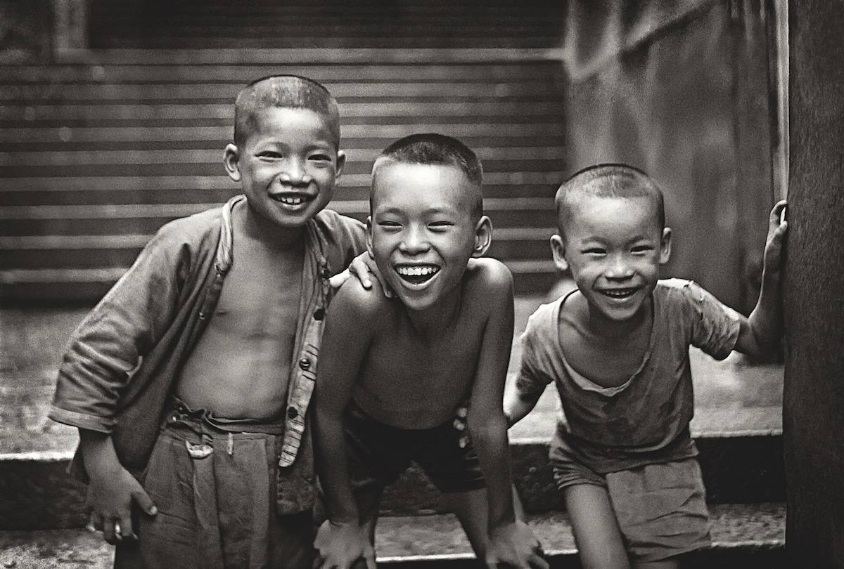 Fan-Ho-Young-Musketeers當年情-Hong-Kong-1950s-and-60s-courtesy-of-Blue-Lotus-Gallery