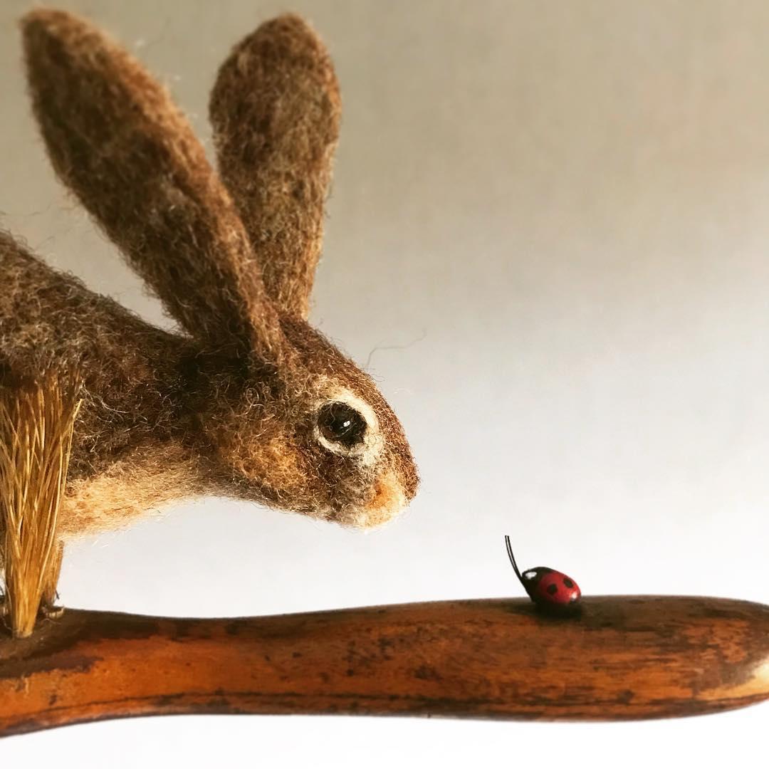 Amazing-miniature-by-Simon-Brown-fubiz-2