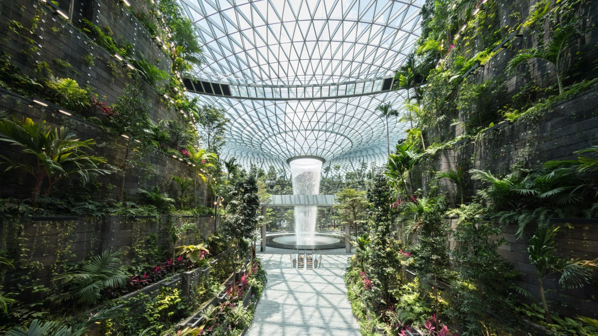 jewel-changi-airport-building-safdie-airport-1