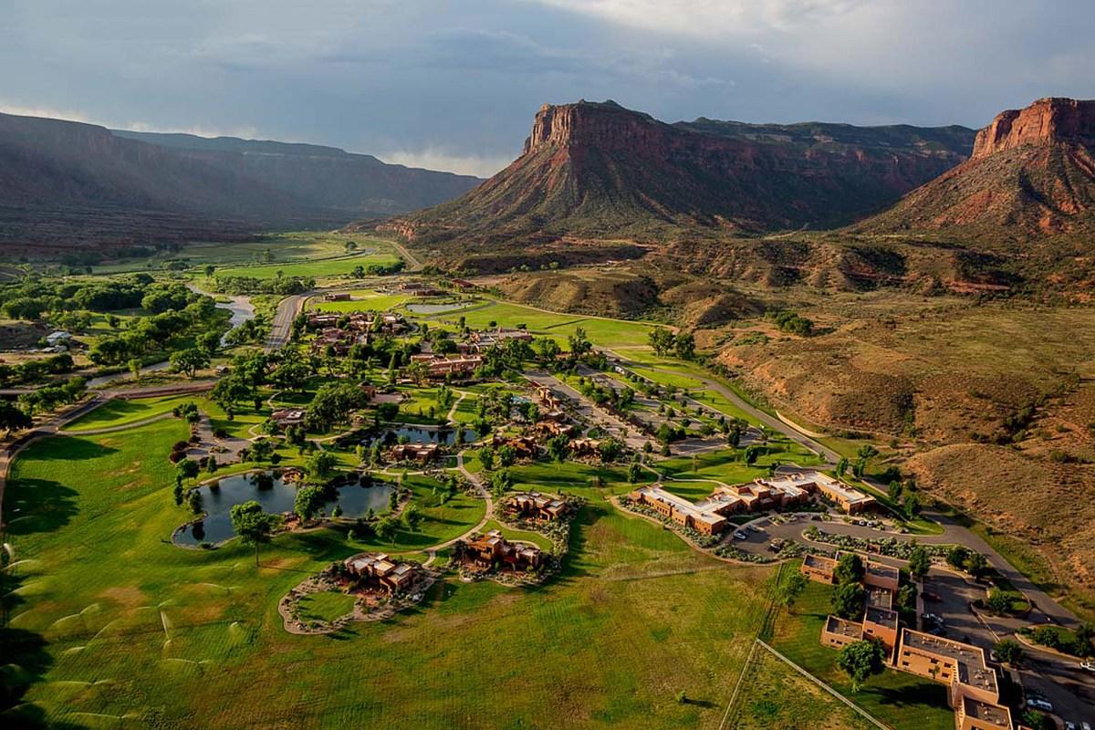 gateway-canyons-ranches-resort-1