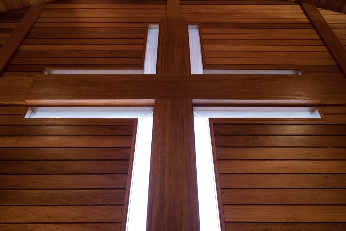 oikumene-church-wood-indonesia-tsds-moss-and-fog-6