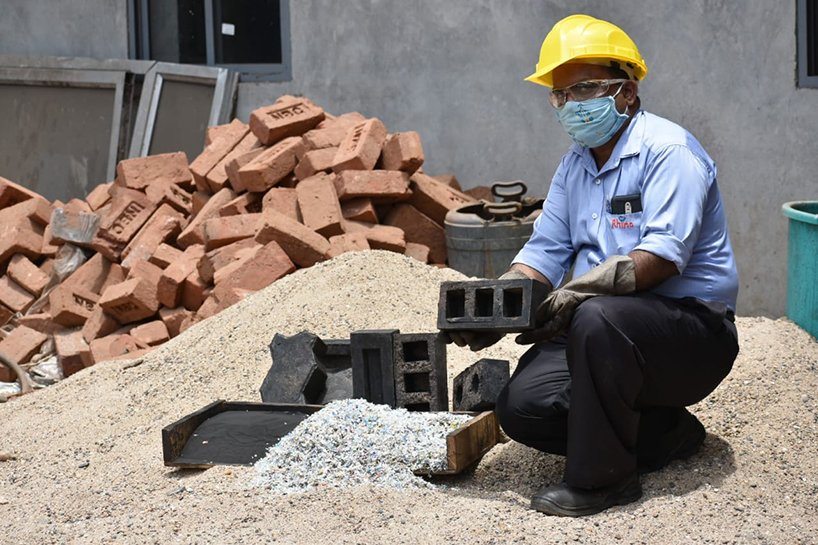 silica-plastic-blocks-as-a-waste-to-wealth-strategy-4-5ee3548764591