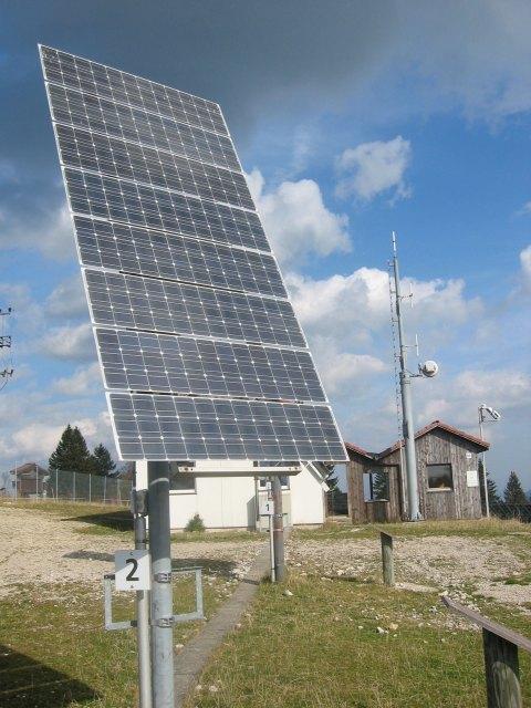 Panell fotovoltaic - Font Viquipèdia