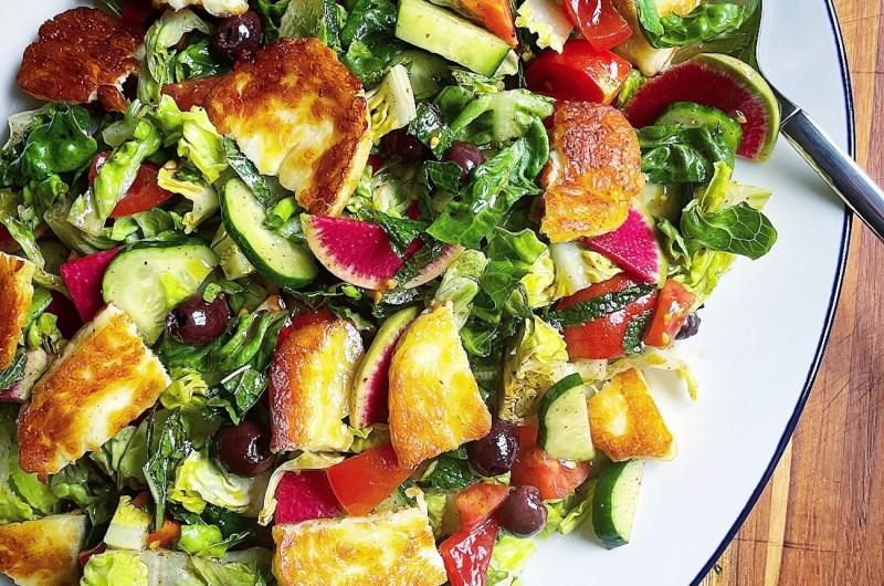Fattoush Salad with Halloumi Croutons