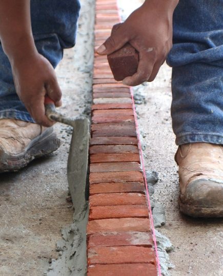 Brick laying_vertical