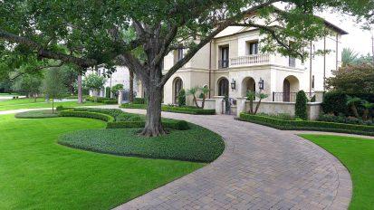 Modern Mediterranean Landscape – Tanglewood, Houston