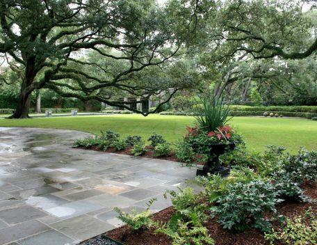Longfellow Gardens - Grand Lawn