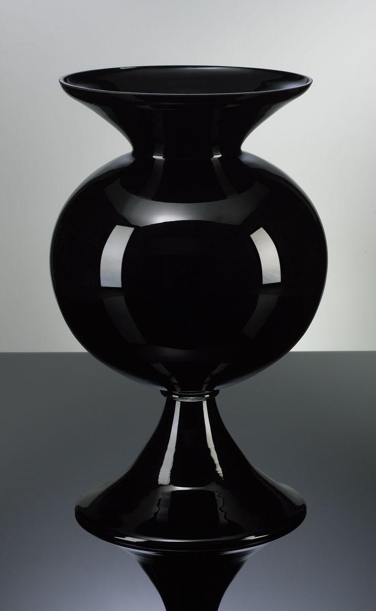 Black Fish Bowl Vase MOSS MANOR A Design House