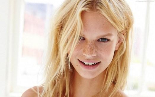 Nadine Leopold (9)