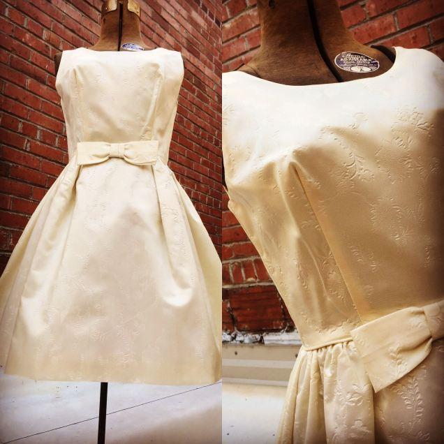 Off white cocktail dress. Waist 26 in. $75