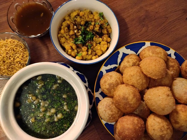 pani puri vegan indian food