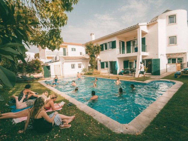 surfers camp in portugal