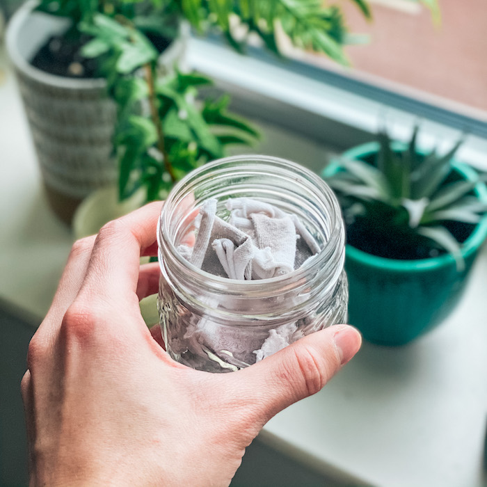 10 Easy Low Waste Swaps | DIY Cotton Rounds