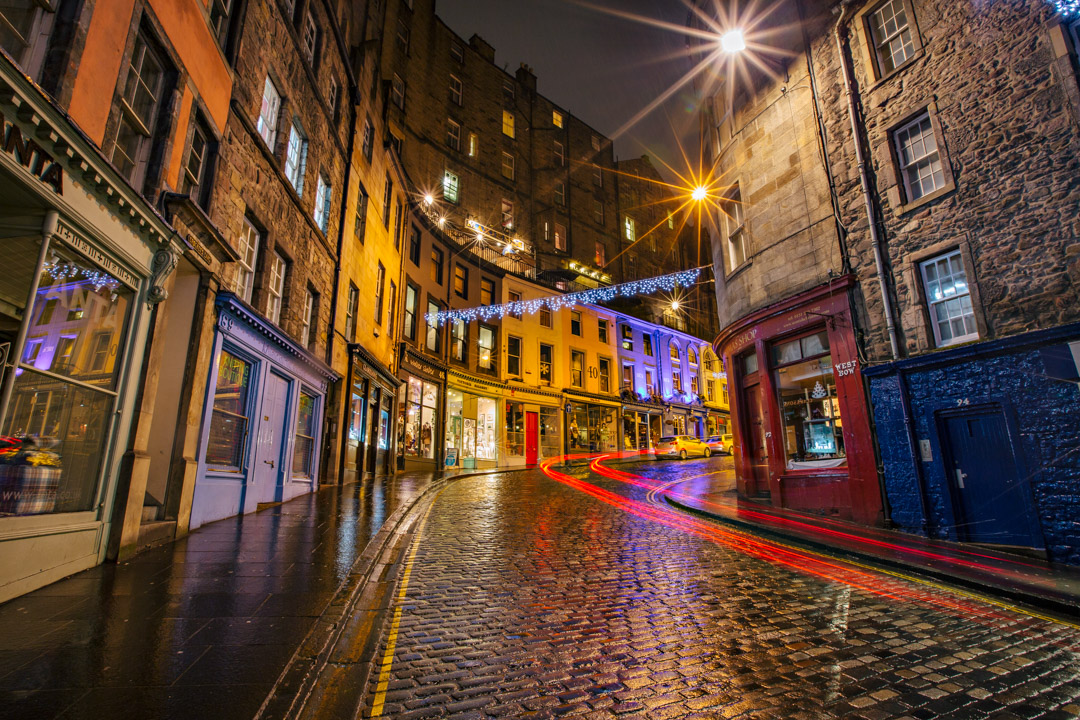Victoria St. Edinburgh, Scotland. Canon 5DMK3+16-35mm, 8s at f/16, ISO 200.
