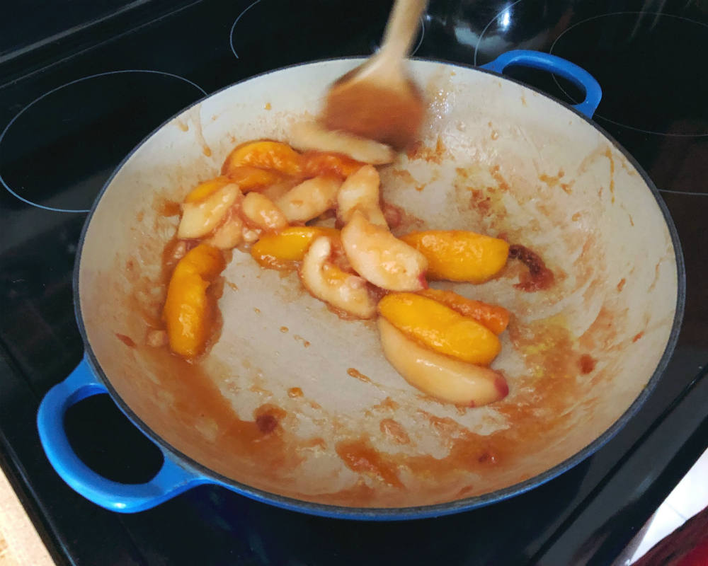 caramelizing the peaches