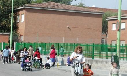 El Gobierno corrige: los menores de 14 años podrán dar pequeños paseos diarios