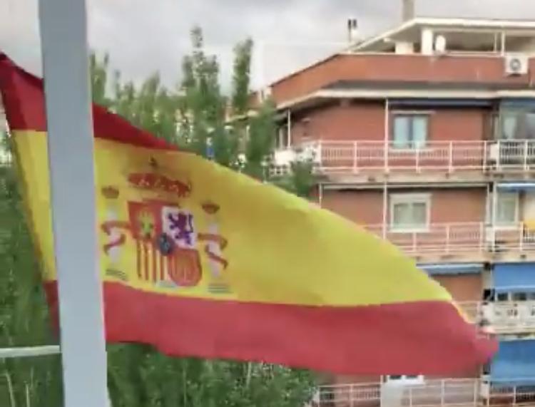 Las caceroladas contra el PSOE también se dejan oír en Móstoles