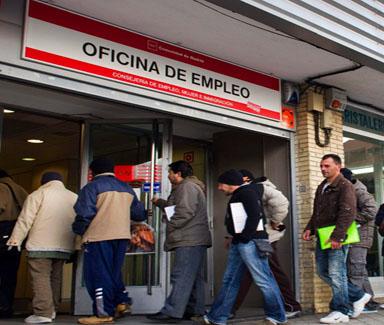 El paro en abril se dispara en Móstoles: 1.667 desempleados más