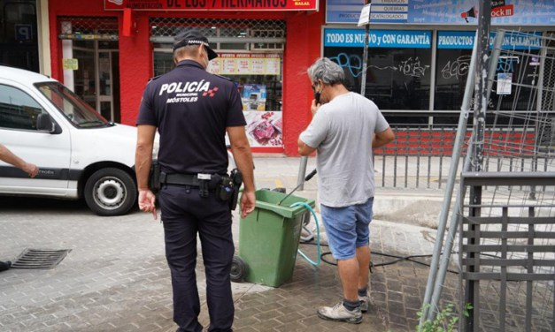La Policía Municipal impone 52 multas durante el fin de semana por uso indebido de la mascarilla