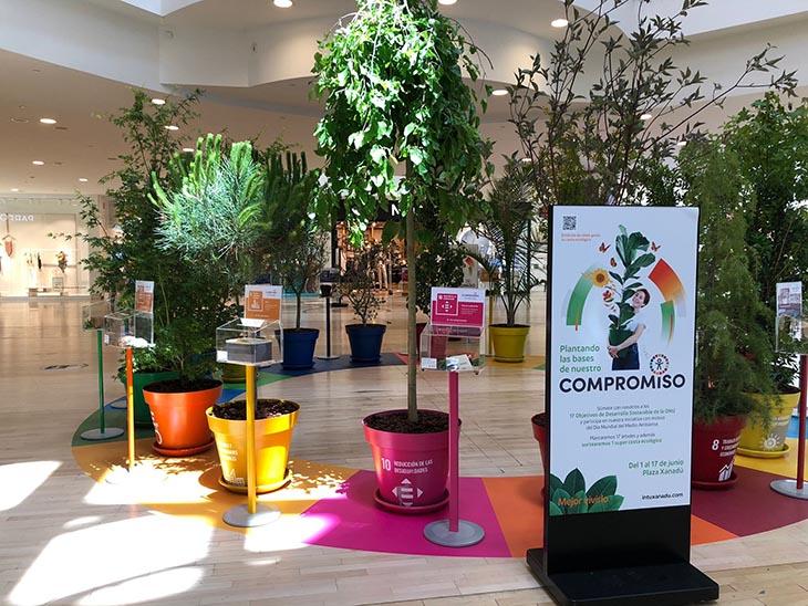 Intu Xanadú planta un árbol por cada uno de los 17 Objetivos de Desarrollo Sostenible de la ONU