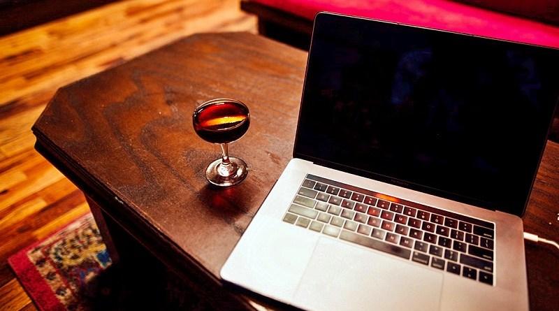 En la plataforma Saldos de Exportación, también conocida como el outlet virtual de vinos de Viña Santa Rita, se pueden encontrar productos exclusivos