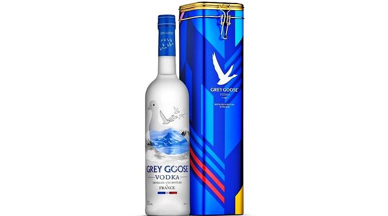 El vodka Grey Goose acaba de presentar un elegante packaging de colección para los amantes del vodka. El producto coincide con la llegada del nuevo año 2021.