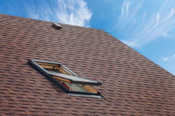 Figyeljünk oda a tetőablak beépítésére, mert sokszor elszúrják!