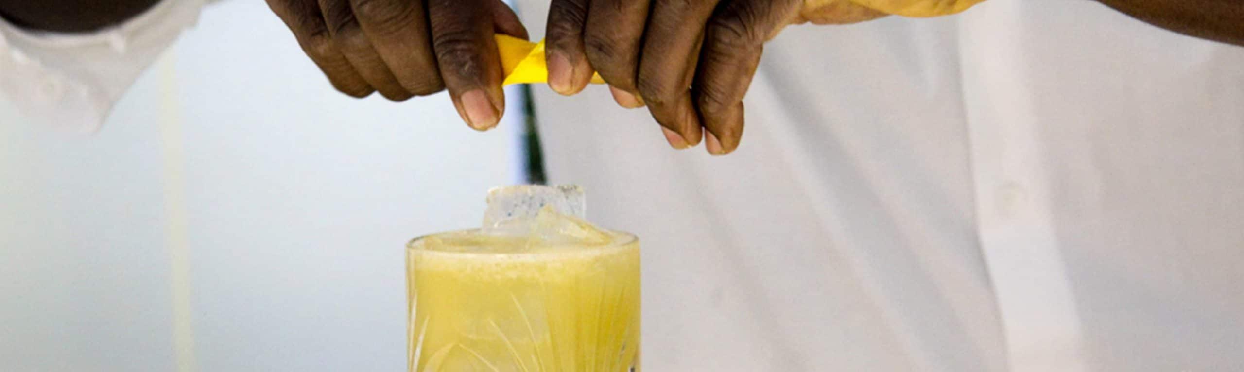 von-bartendern-entworfene-bottled-cocktails