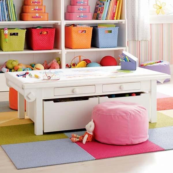 stolik plastyczny dla dziecka