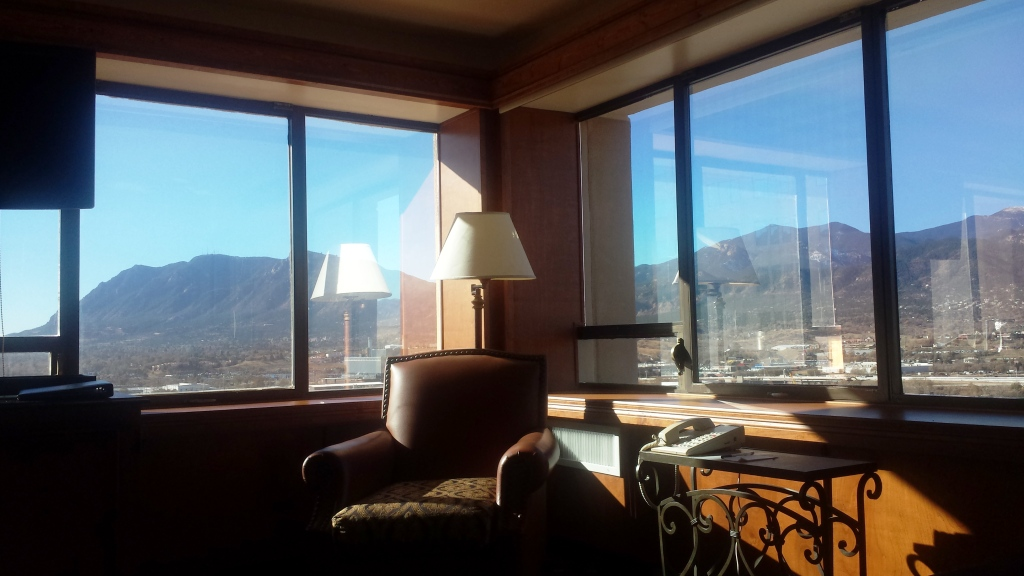 antlers-hotel-executive-king-suite-daytime