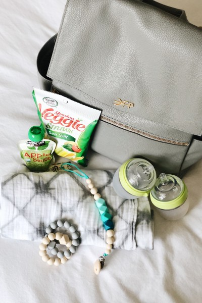 WHAT'S IN MY DIAPER BAG FOR TWO UNDER 2 + FREE PRINTABLE CHECKLIST