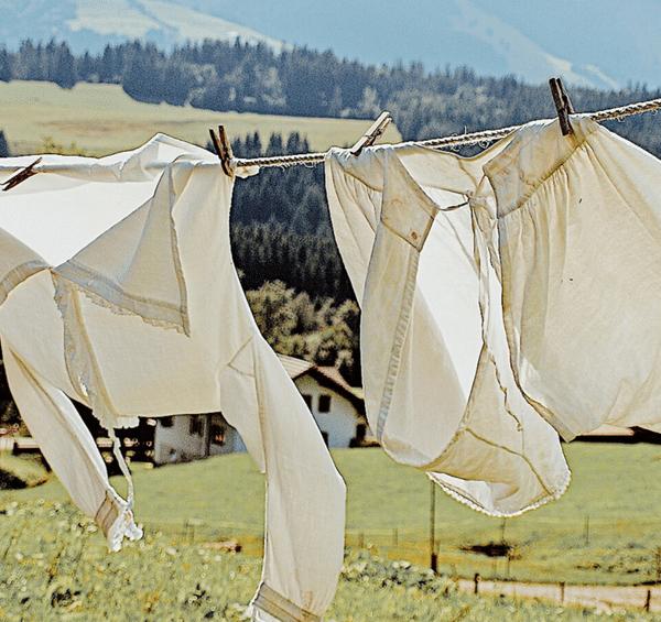 Non-Toxic Laundry Routine