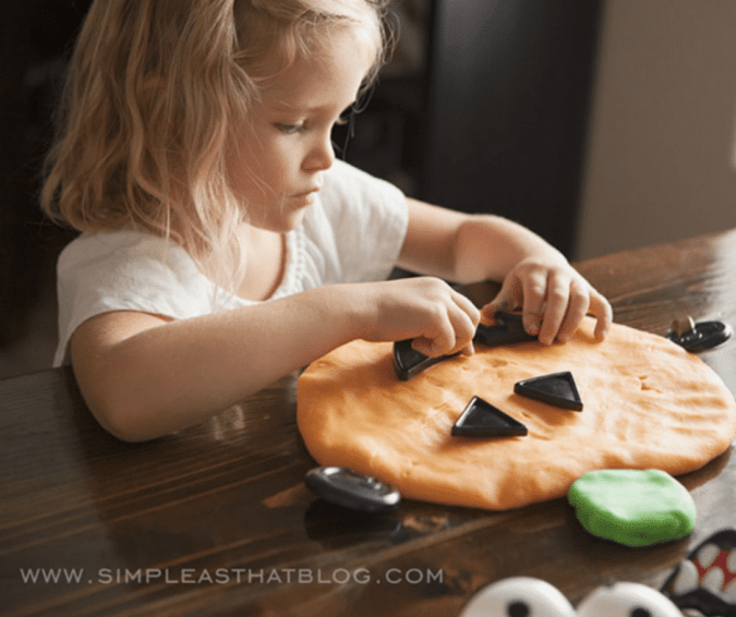 Pumpkin Play Dough - Halloween Crafts for Toddlers