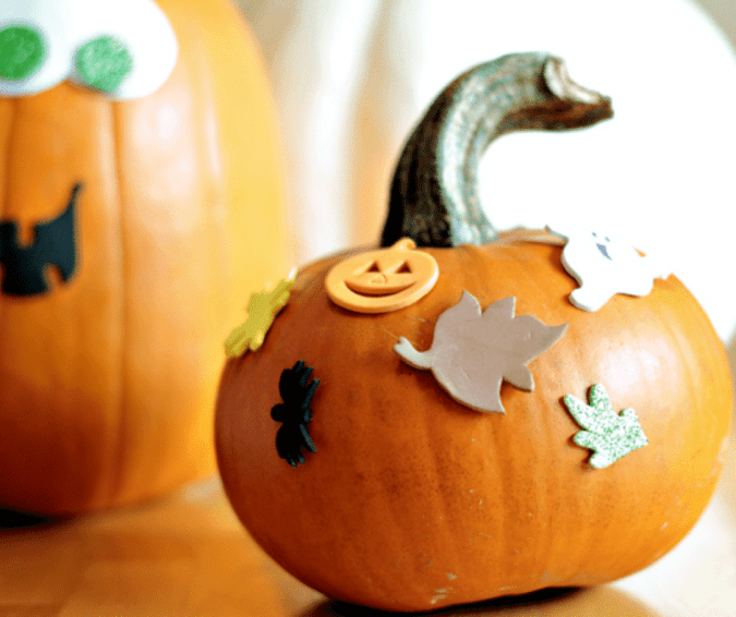 Toddler Friendly Jack-O-Lanterns - Halloween Crafts for Toddlers