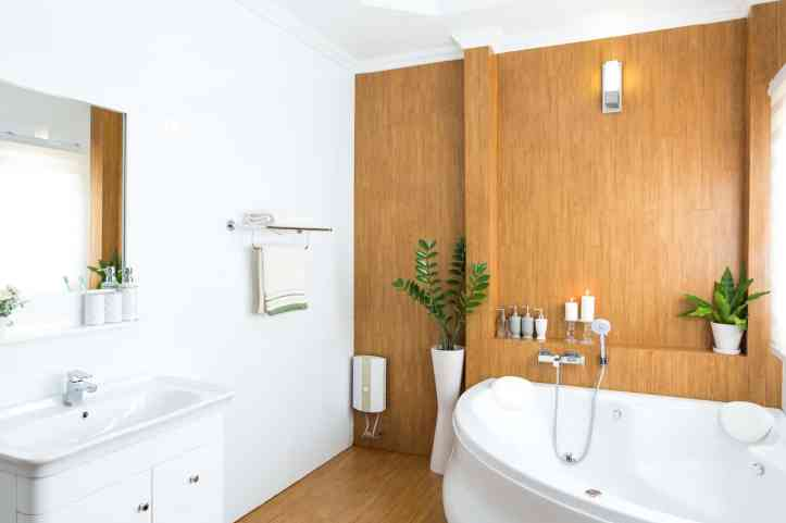 perfect summer bathroom