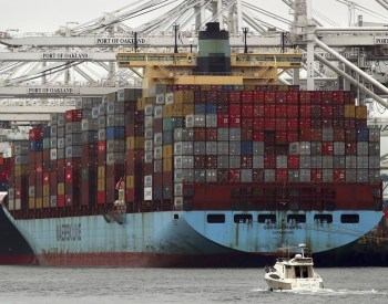 trade port shipping containers