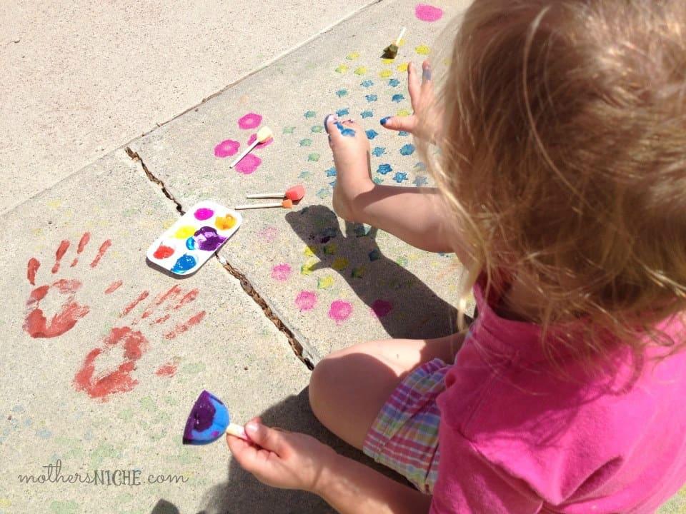 diy washable spray paint for kids cash giveaway. Black Bedroom Furniture Sets. Home Design Ideas