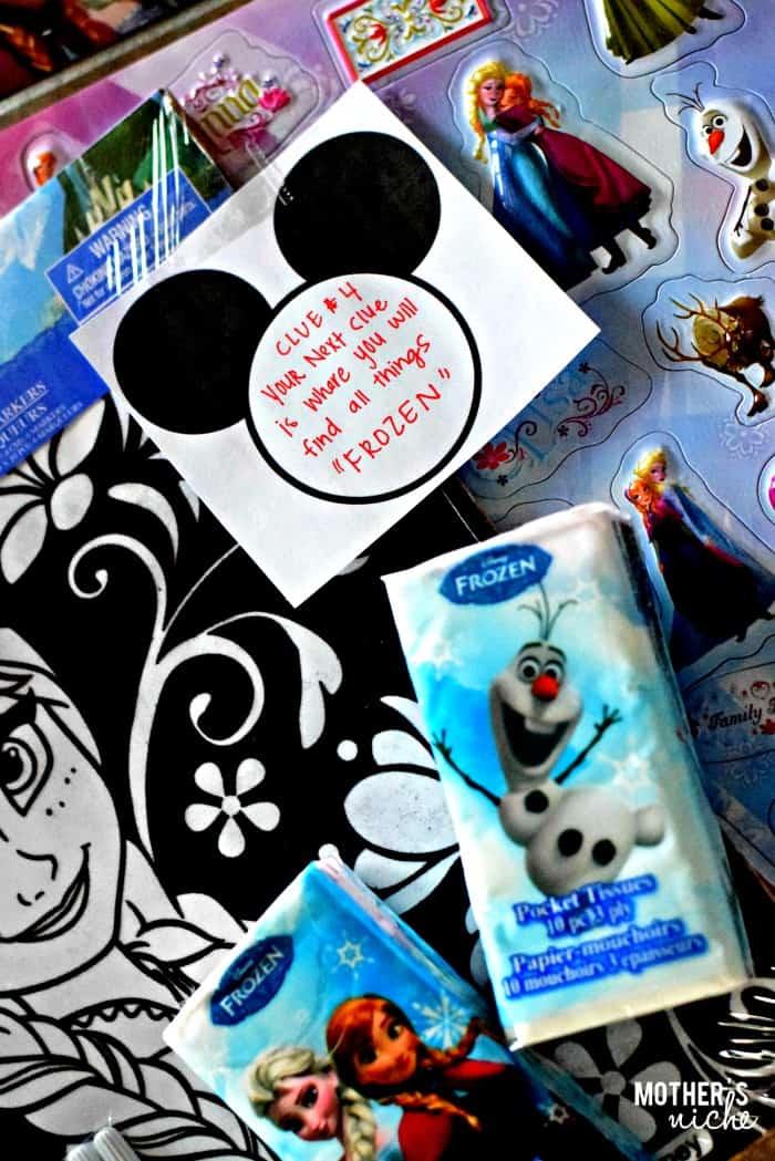 Disney Scavenger Hunt + Free Printables #Disney #Mothersniche