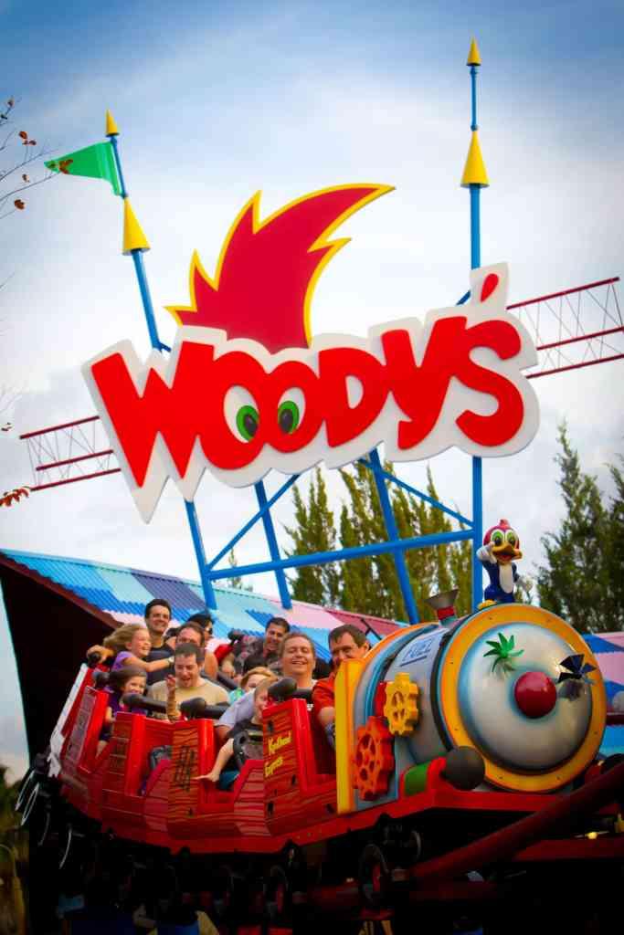 Woody's Rollercoaster - Universal Studios Resort