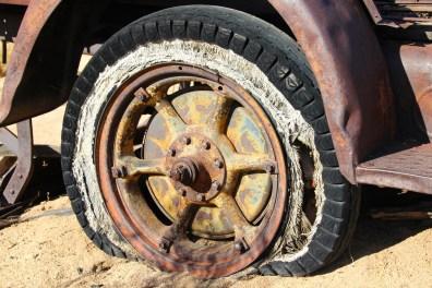 car-vintage-antique-wheel-automobile-old-945195-pxhere.com