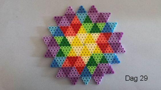 perles-a-repasser-motifs-geometriques-2