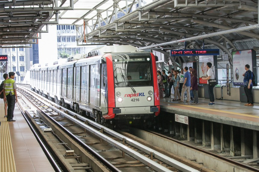 media_photo3_amy_trains