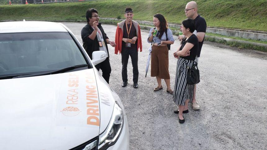 REKA Showcases Malaysia First Self-Driving Car Technology at KLIAS 2017 Proton Perdana driverless autonomous vehicle