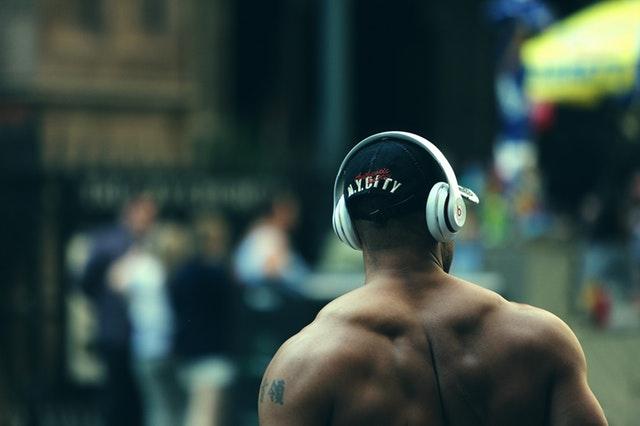 Motivation zum Sport durch motivierende Musik