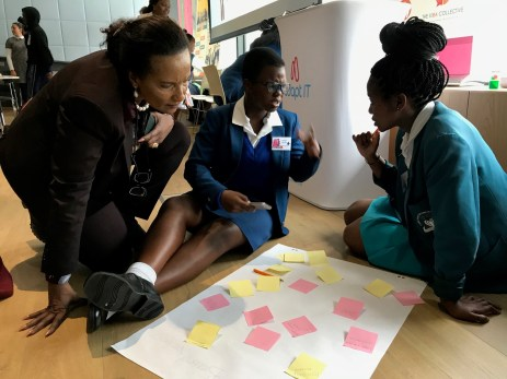 Mrs Motlanthe working with youth 1