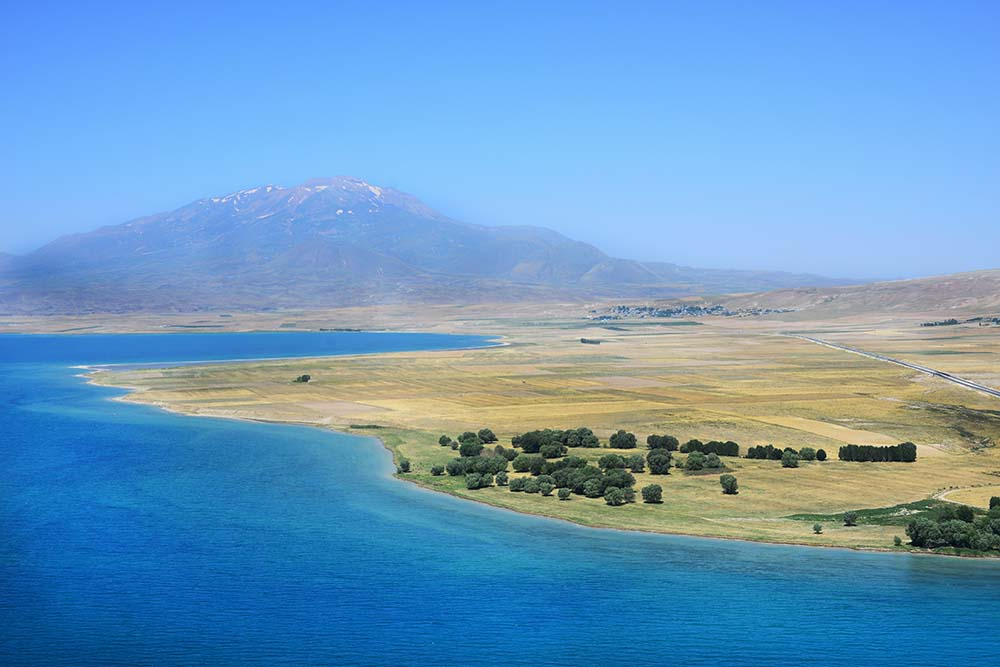 Grey Route: Mountains of Gods, Gods of Mountains