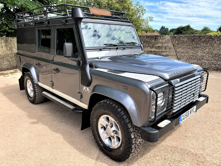08/58 Defender 110 TDCi XS utility for sale at Motodrome